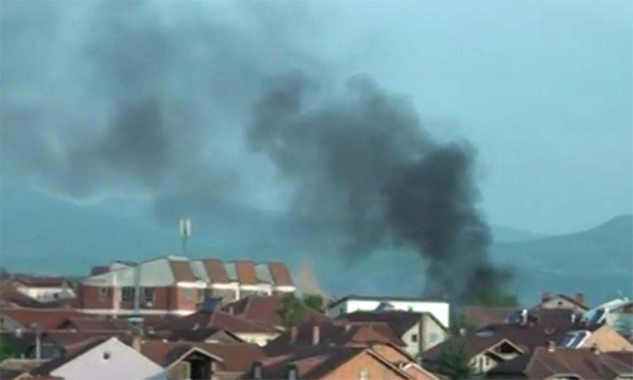ТЕЛМА: Повредени 12 полицајци во Куманово