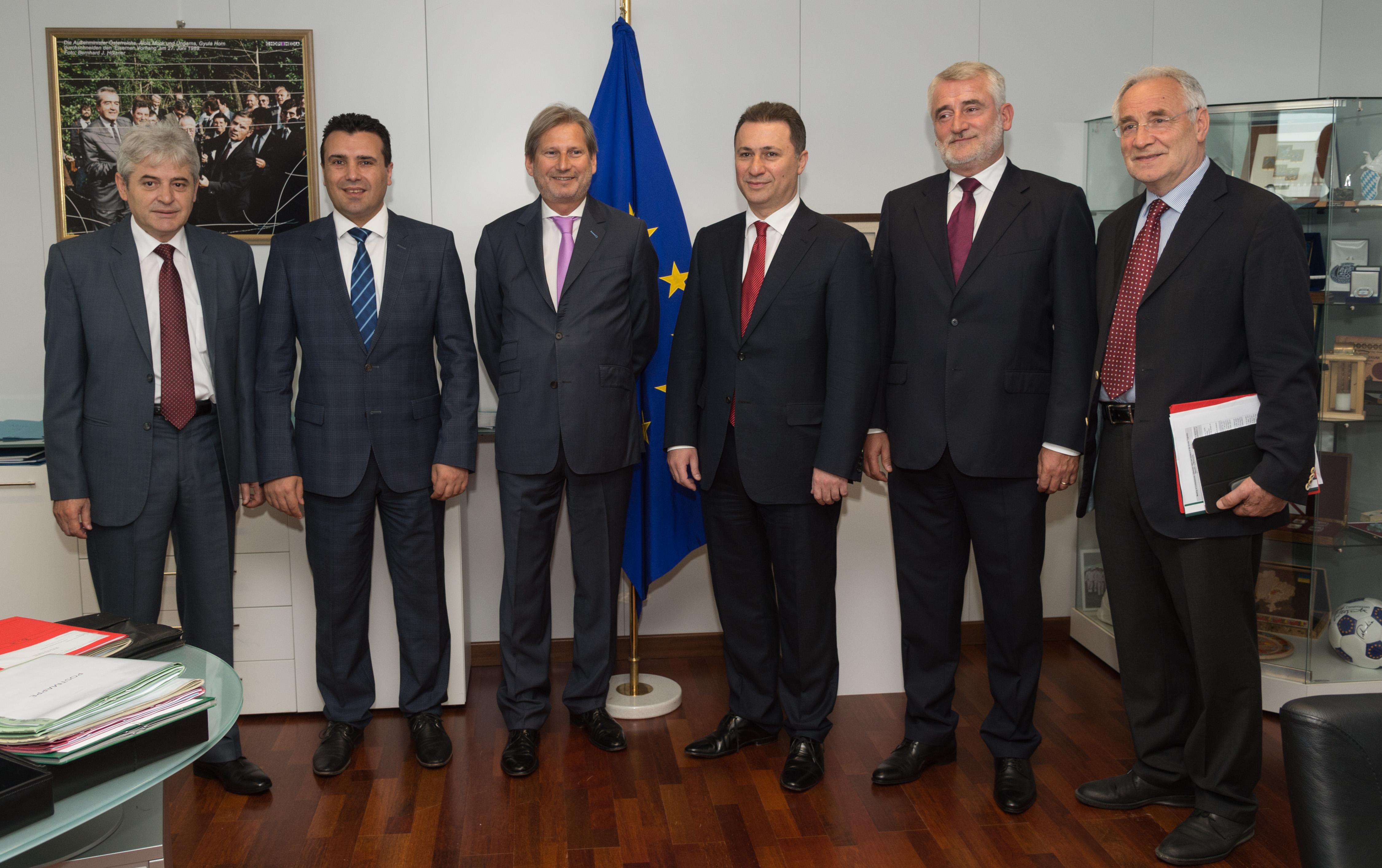 Груевски и Заев со меѓусебни обвинувања за неуспехот на разговорите во Брисел
