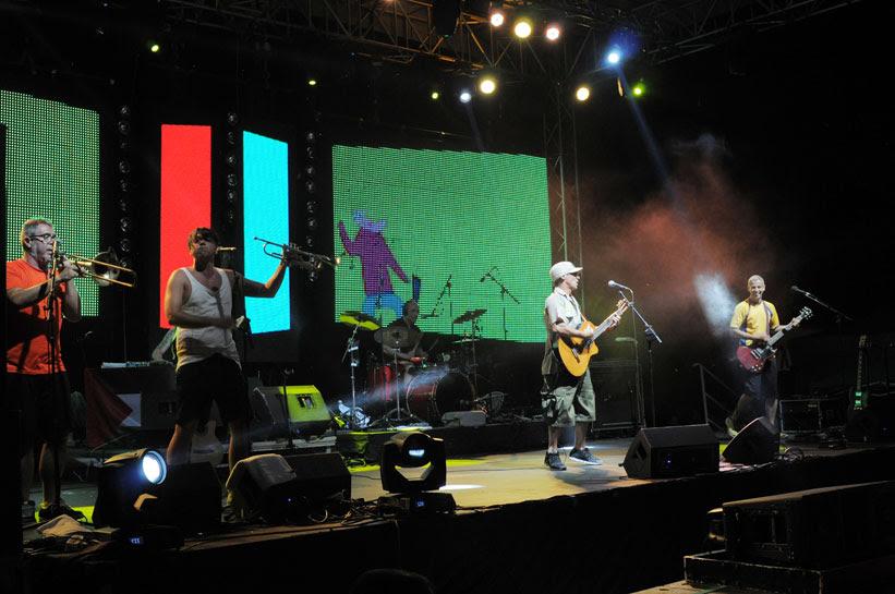 """ФОТОГАЛЕРИЈА: Ману Чао """"растурија"""" на финишот на Д Фестивал во Дојран"""