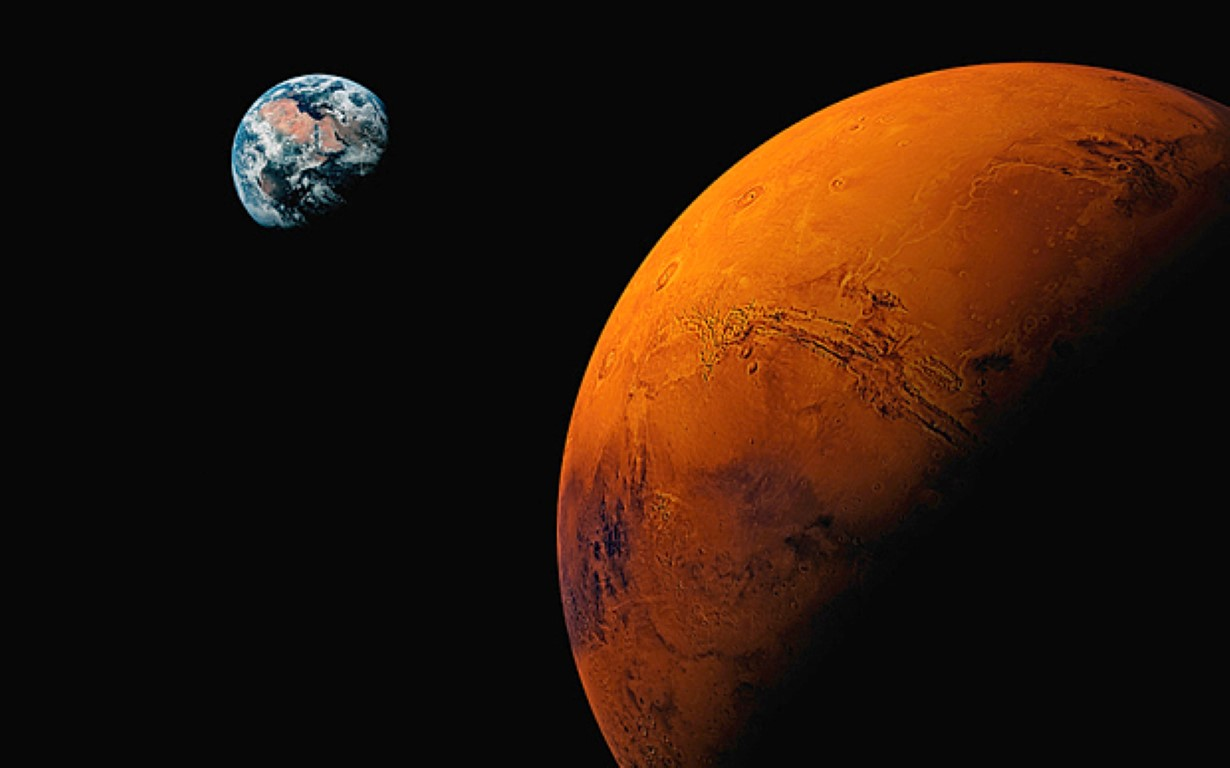 НАСА официјално потврди: На Марс е пронајдена течна вода!