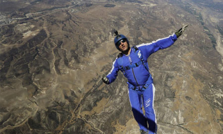 Американец скокнал од 7.600 метри висина без падобран