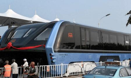 Кинезите направија и тестираа трамвај на иднината (ФОТО)