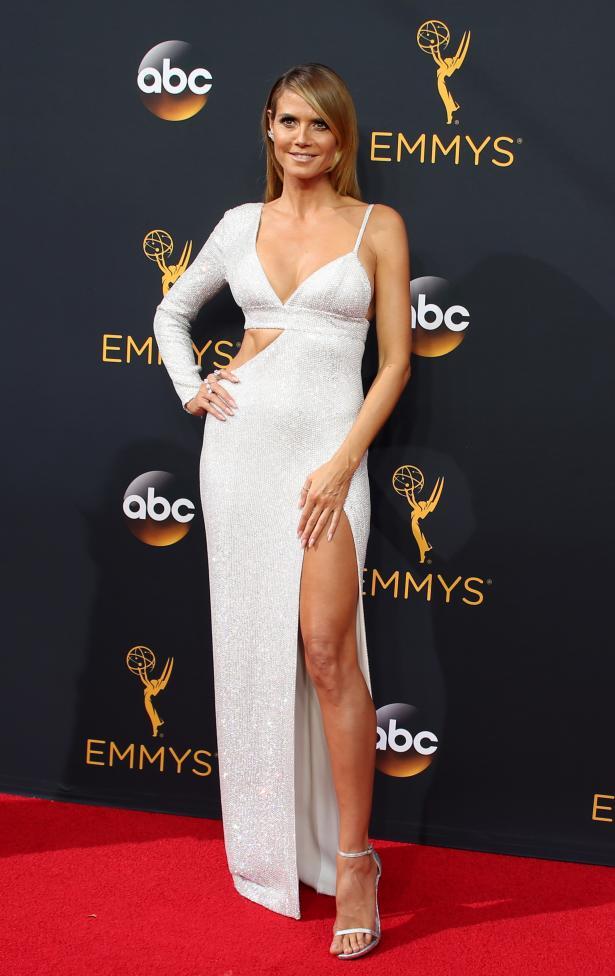 Model Heidi Klum arrives at the 68th Primetime Emmy Awards in Los Angeles