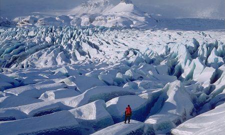 Дали сте доволно храбри за спуштање на најголемиот глечер во Европа?
