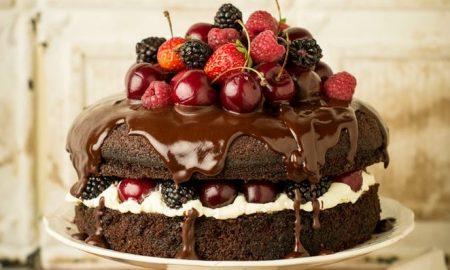 ЕКСПЕРТИТЕ ПОРАЧУВААТ: Почнете го денот со парче торта!