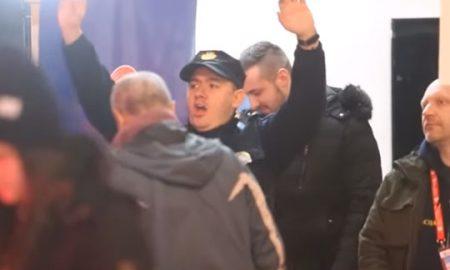 Полицаец танцуваше среде Загреб и стана хит на социјалните мрежи (ВИДЕО)