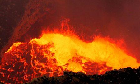ХАВАИ: Камера ја сними внатрешноста на вулканска маса (ВИДЕО)