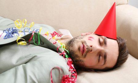 ДЕН ПОТОА: Како да ја намалите главоболката и мамурлакот по најлудата ноќ во годината?