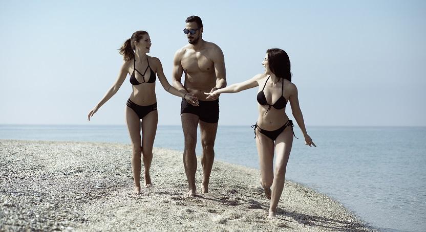 Кои се згодните српски модели кои позираа за #SF костими за капење? (ФОТО)