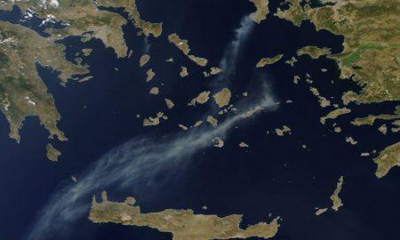 НАСА објави сателитски снимки од грчките пожари