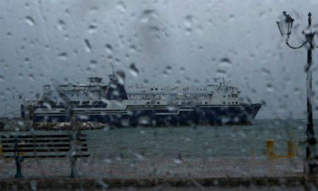 """Грција зафатена од медитеранскиот циклон """"Зорбас"""""""