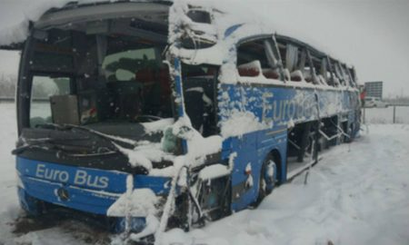Идентификувани жртвите од превртениот автобус, 4 се борат за живот